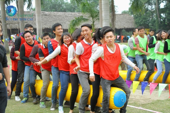 to-chuc-tong-ket-cuoi-nam-hai-anh-vietwind-event-1