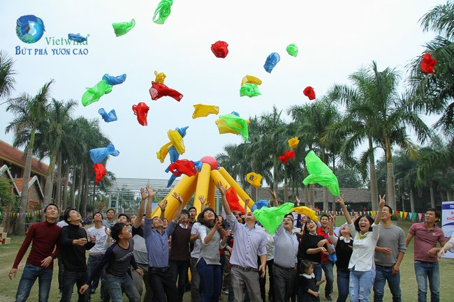 to-chuc-tong-ket-cuoi-nam-hai-anh-vietwind-event-10