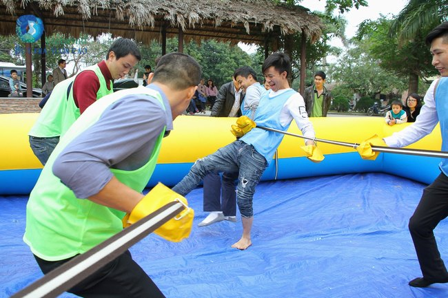 to-chuc-tong-ket-cuoi-nam-hai-anh-vietwind-event-14