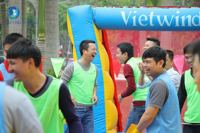 to-chuc-tong-ket-cuoi-nam-hai-anh-vietwind-event-15