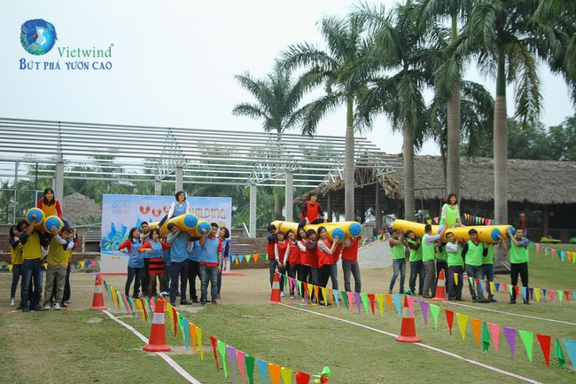 to-chuc-tong-ket-cuoi-nam-hai-anh-vietwind-event-3