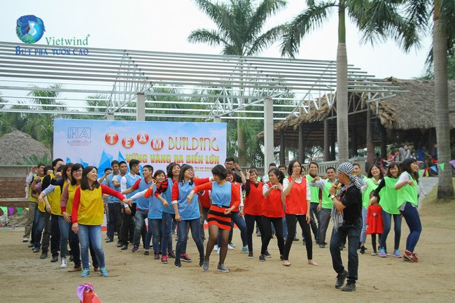 to-chuc-tong-ket-cuoi-nam-hai-anh-vietwind-event-52