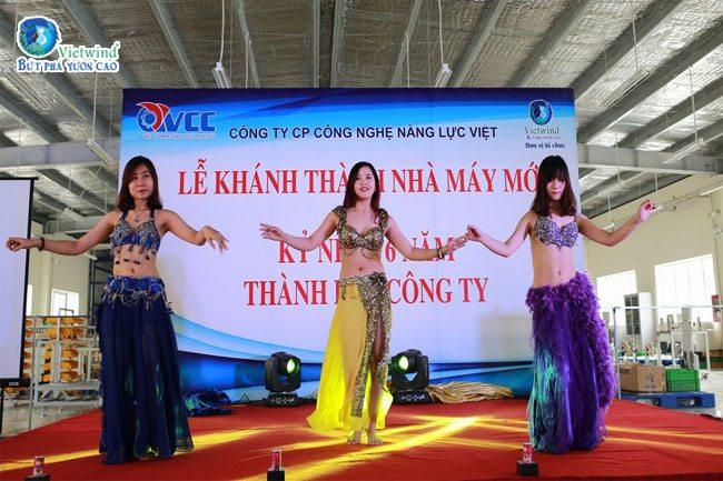 cong-ty-to-chuc-su-kien-ky-niem-thanh-lap-khanh-thanh-vcc-9