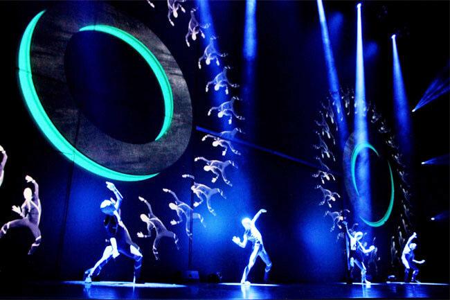 Công ty tổ chức sự kiện chuyên nghiệp - tiết mục múa màn led
