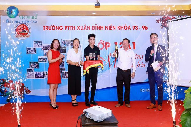 to-chuc-hop-lop-xuan-dinh-vietwind-event-30
