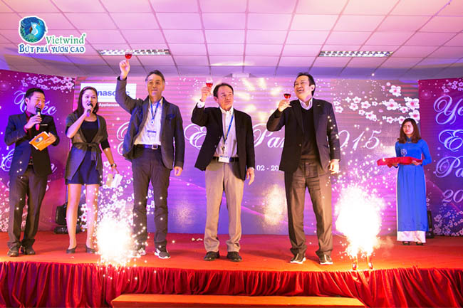to-chuc-tiec-cuoi-nam-su-kien-vietwind-event