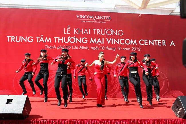 kich-ban-to-chuc-le-khai-truong-vietwind-6
