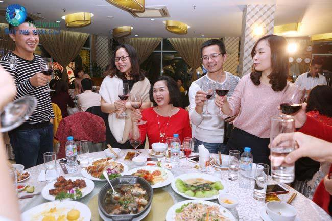 to-chuc-tiec-cuoi-nam-cong-ty-an-binh-201613