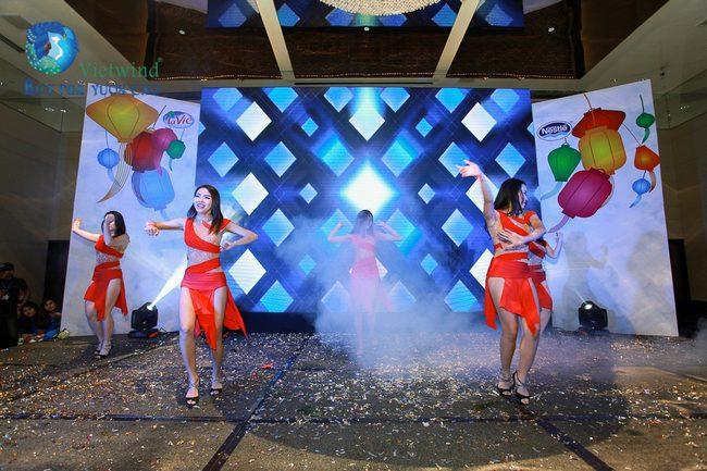 to-chuc-tiec-cuoi-nam-lavie-vietwind-event-10