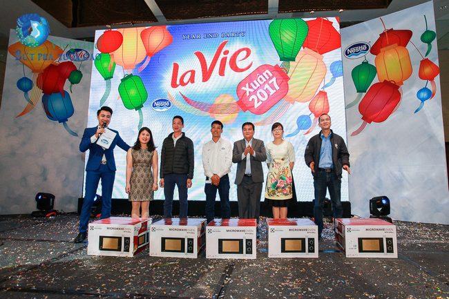to-chuc-tiec-cuoi-nam-lavie-vietwind-event-18