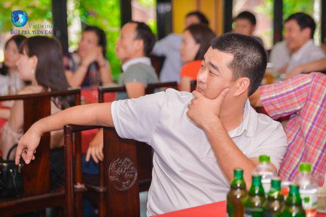 to-chuc-hop-lop-dh-dan-lap-dong-do-dt971
